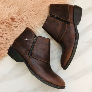 B.o.c brown ankle booties new size 7